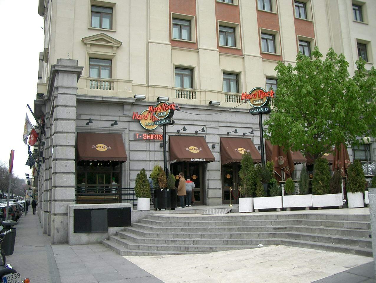 Hard Rock Cafe Madrid Metro