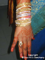 beautiful henna hand