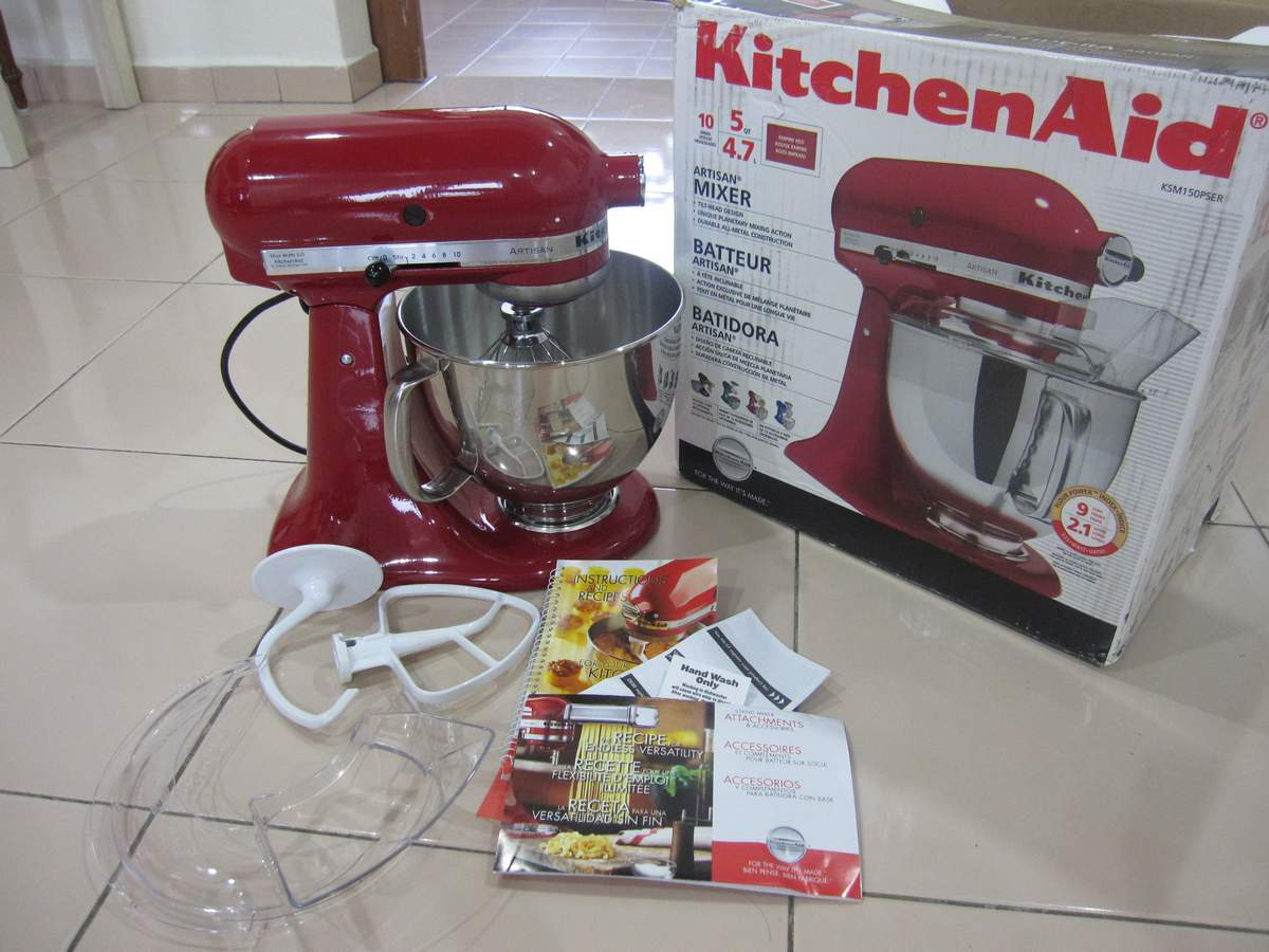 Shu yins sanctuary my new red baby but earlier on ive already bought myself the kitchenaid best loved recipes book from leo bookstore for rm3190 in anticipation of the arrival of my new forumfinder Gallery