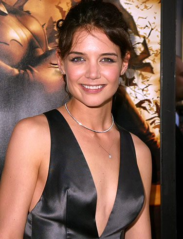 Katie Holmes on Celebrity News  Katie Holmes Transforms Into Someone Else When She   S