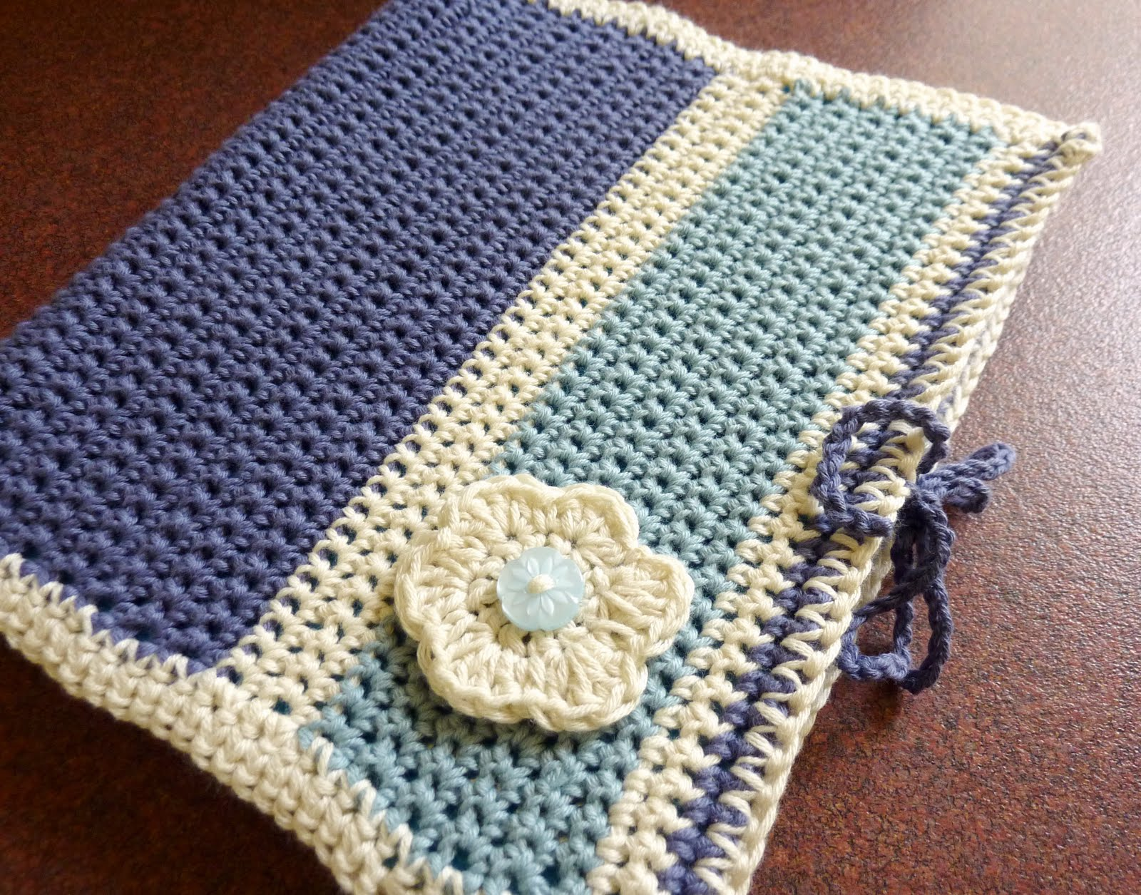 Crochet Book Cover Pattern Free ~ A time to create my creative space