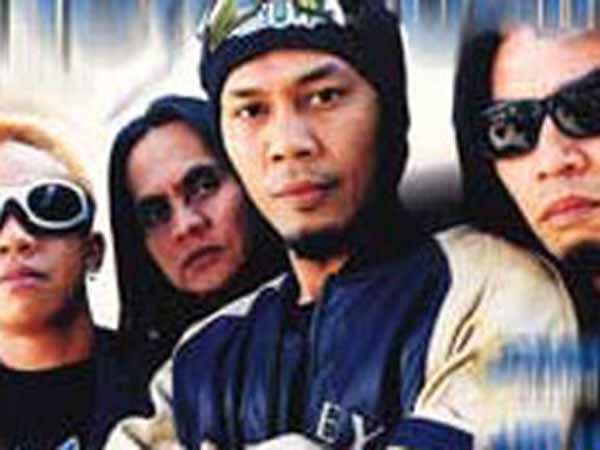 Lirik Lagu Jamrud. Putri (New Version)