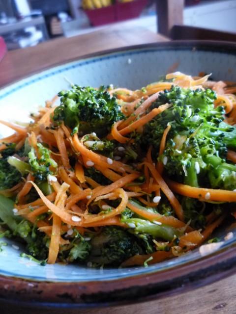 Gourmandises et merveilles po l e express de brocolis et - Cuisiner des brocolis ...