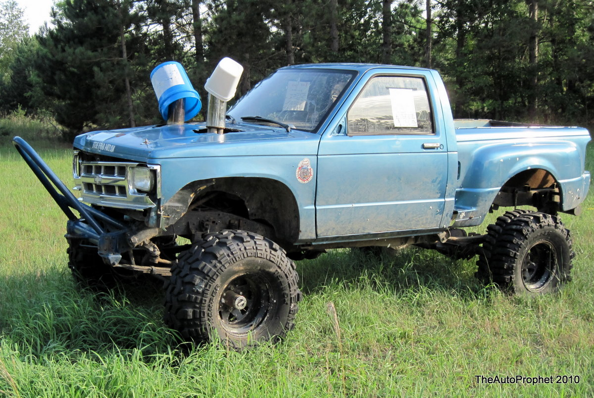 The Auto Prophet: Spotted: Mud Truck (For Sale)