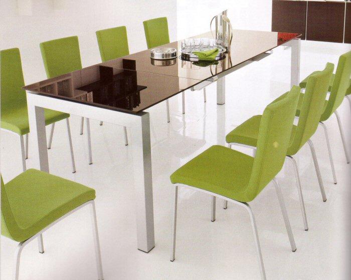 Arredamenti diotti a f il blog su mobili ed arredamento for Tavolo salone moderno