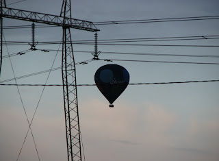 kuumailmapallo Halisten maisemissa
