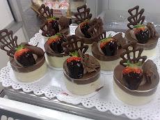 Charlote chocolate com baunilha
