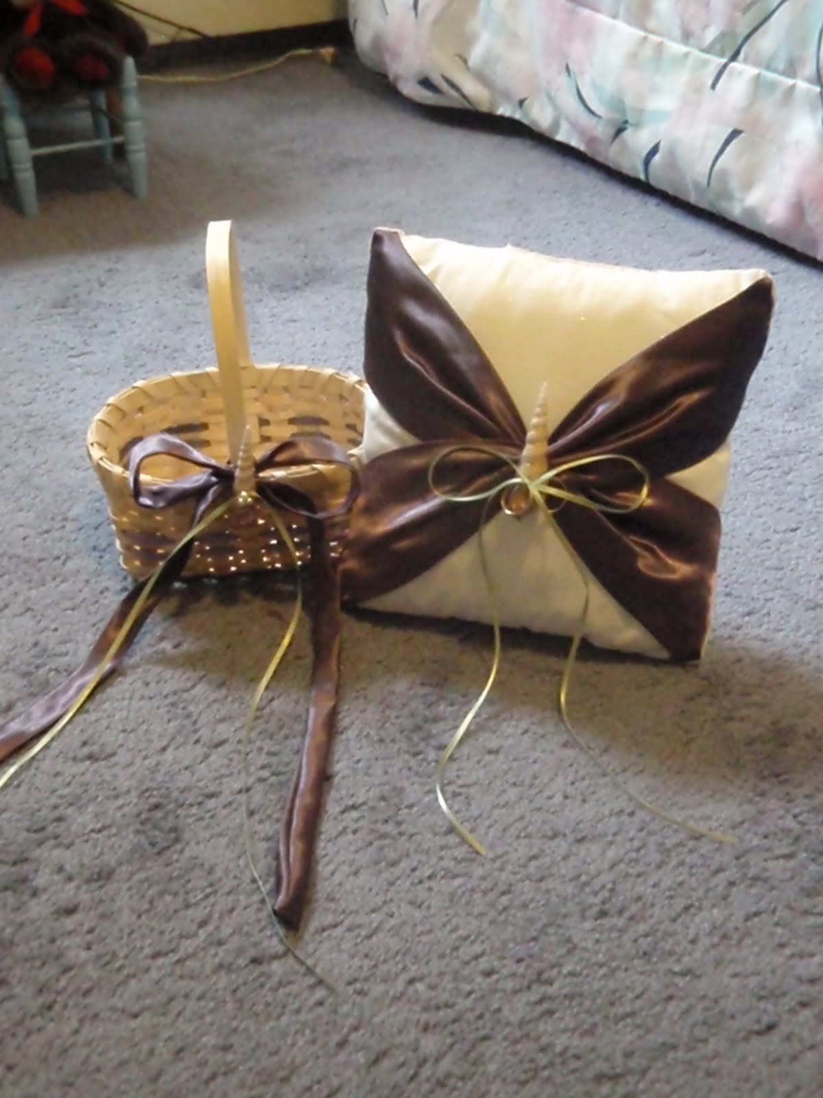 How To Make A Flower Girl Basket With Fabric : Our day in the making diy flower girl basket