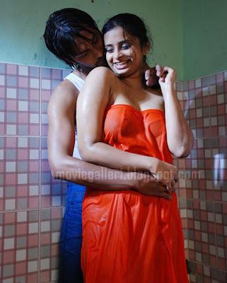 hot romantic tamil movie unnai naan ariven spicy masala movie stills
