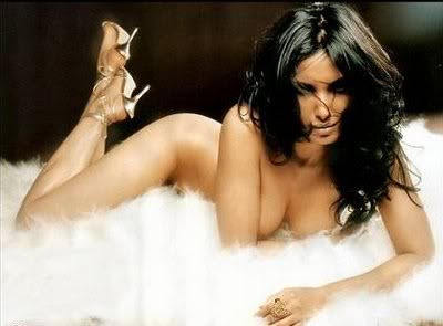 Padma lakshmi1 Sex, Trust & Transparency: What Would Donald Draper Blog?