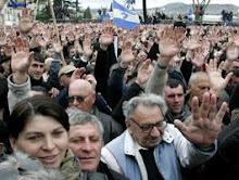 OPOSIÇÃO GEORGIANA LANÇA CAMPANHA DE DESOBEDIÊNCIA CIVIL FACE À NÃO RESIGNAÇÃO DE SAAKASHVILI