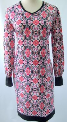 AQ194 RED BATIK BLK (XS-2XL)