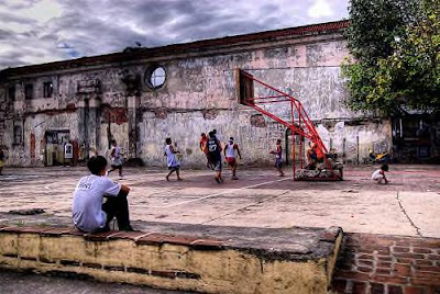 Basketball in Intramuros, by Ville Miettinen