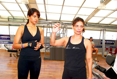 sameera reddy in gym unseen pics