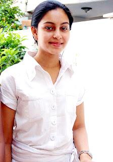 Nadodigal-actress-abinaya-tamilposters.com