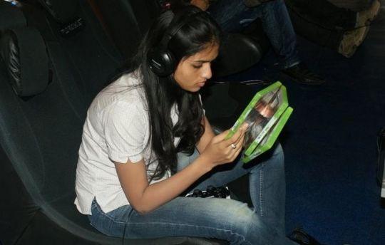 Sunaina in Blur - new-hotindiangirls.blogspot.com