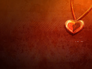 Love Pendant Wallpaper