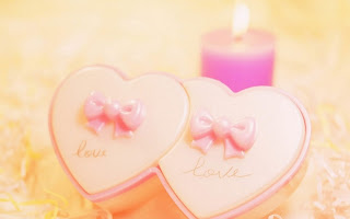 Couple Love with Candle Light Wallpaper