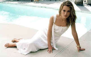 Keira Knightley near Pool Wallpaper