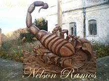 Escorpião em madeira