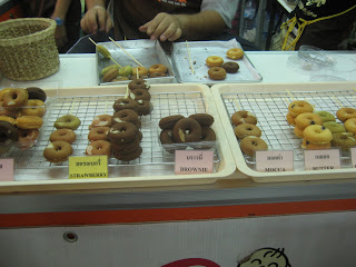 Thai Mini Doughnuts / Donuts @ Bangkok Street Food