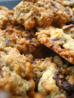 Chewy Chocolate Chunks Cookies Recipe
