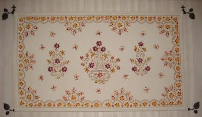 tapices antiguos bordados a mano