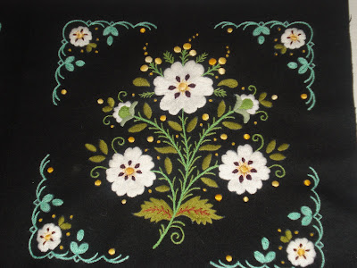 cuadro bordado flores