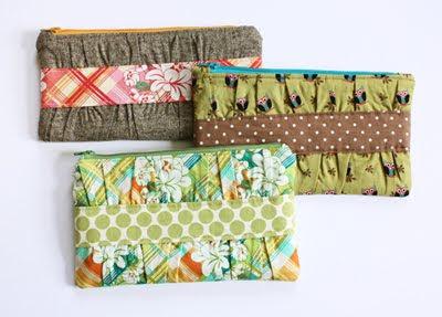 cute gathered clutch pattern Cute Sewing Patterns