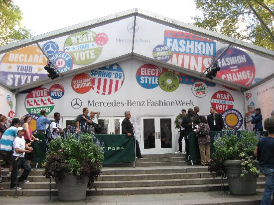 bryant park fashion week  2008