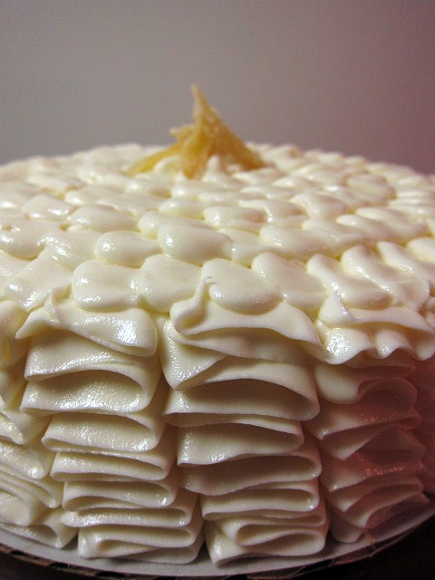 swEEts by e: Lemon Cake with White Chocolate Buttercream