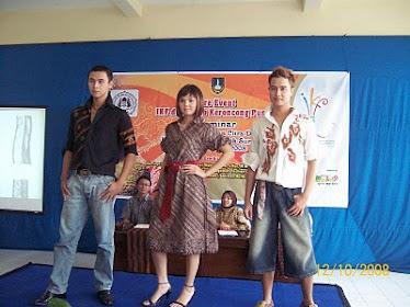 Fashion Show Batik