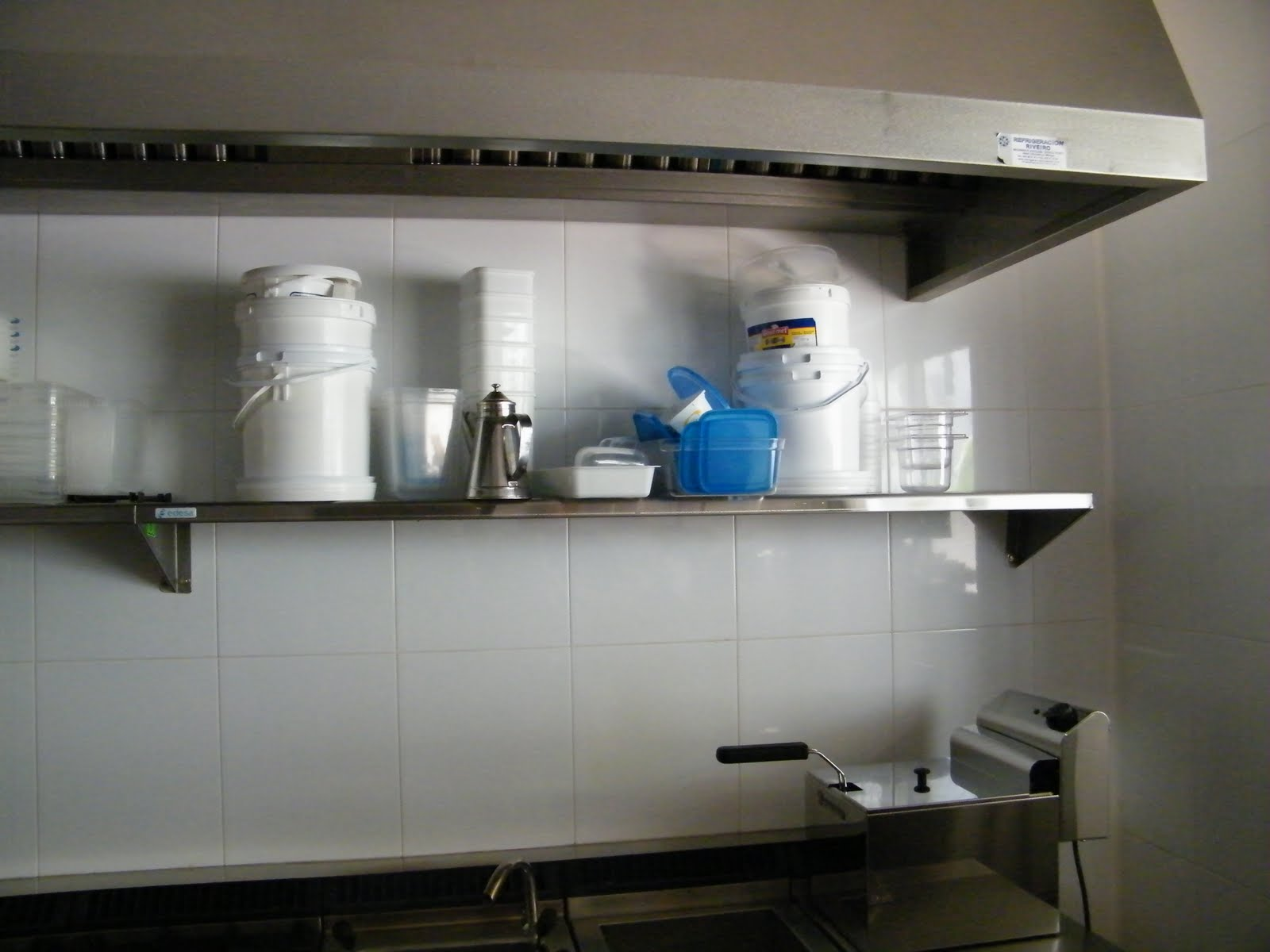 Venta material hosteleria segunda mano estantes de acero for Hosteleria segunda mano