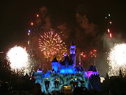 I also wanna visit the most adventurous place Disney Land over there.and i m . (disneylandhomecoming )