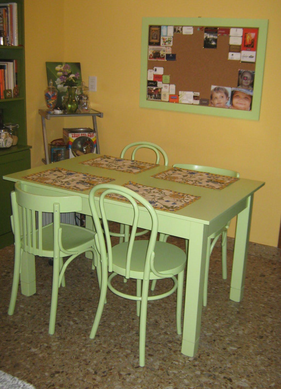Ana malbr n objetos para casas mesas - Mesas de comedor restauradas ...