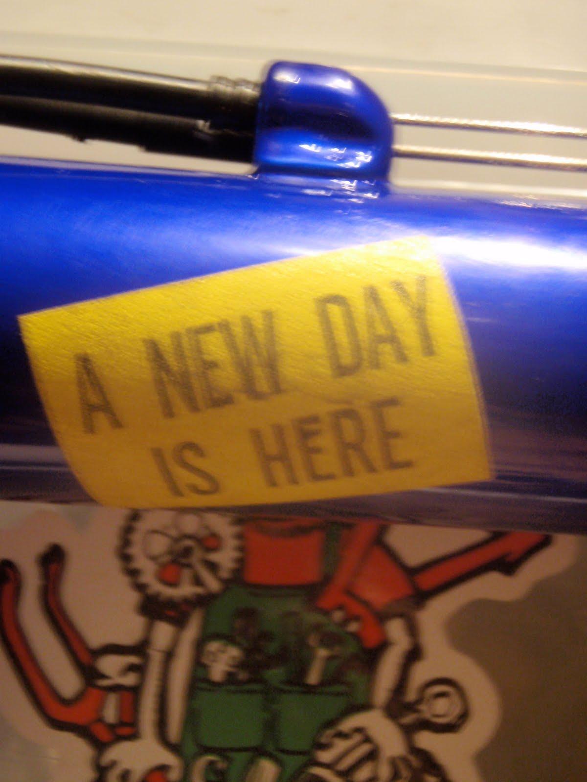 http://1.bp.blogspot.com/_wb8bAl1P-N0/TI4NvJqA-xI/AAAAAAAAQk0/5JvKd2e04Qw/s1600/new%2Bday.JPG