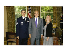 Leo's White House Farewell Photo with President Bush