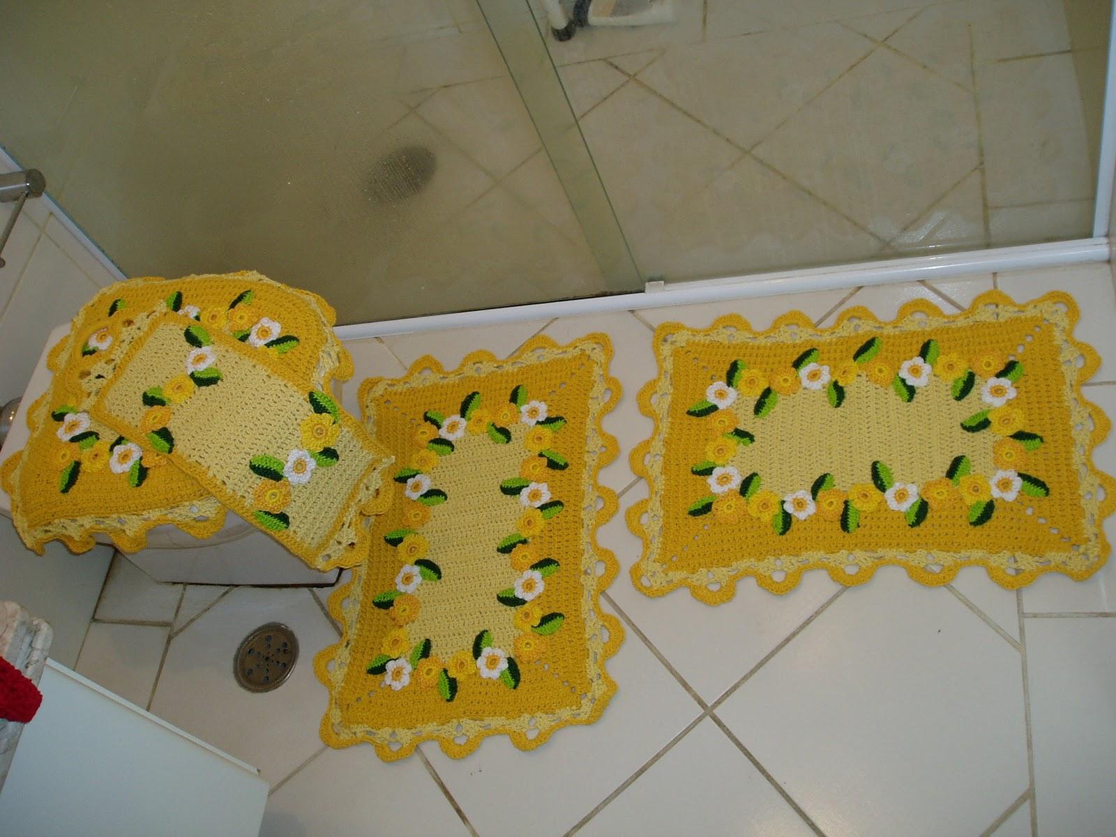 Tecendo Receitas: jogo de banheiro em croche margaridas amarelo #A98722 1600x1200 Banheiro Com Detalhes Em Amarelo