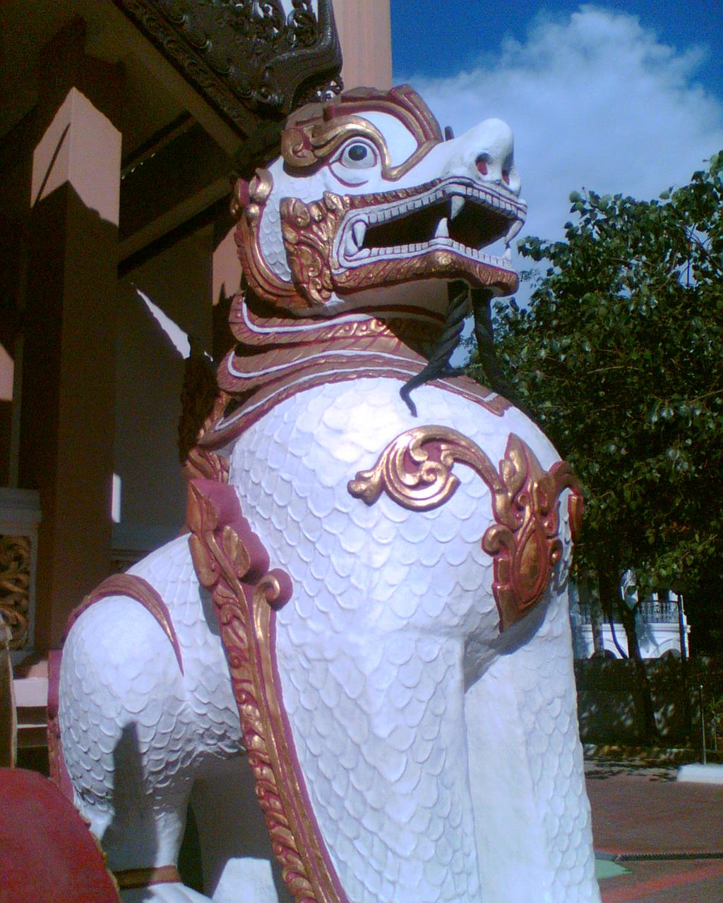 http://1.bp.blogspot.com/_wcjPZ-qJFvE/TEGTG79mzzI/AAAAAAAAIQA/lSGJlNbT_dU/s1600/temple.jpg