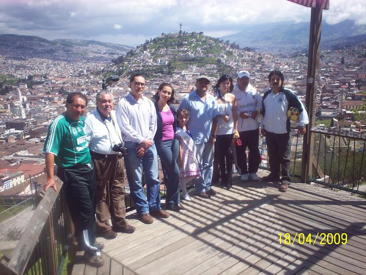 DIRECTIVOS DE LIGA SAN JUAN -FUTSAL ECUADOR Y SPONSORS DEL TERCER MUNDIALITO DE BABY FUTBOL 2010