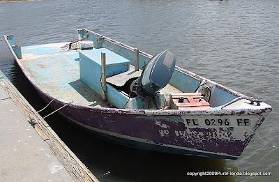 Pure florida bird dog boats for Boat lift motors near me