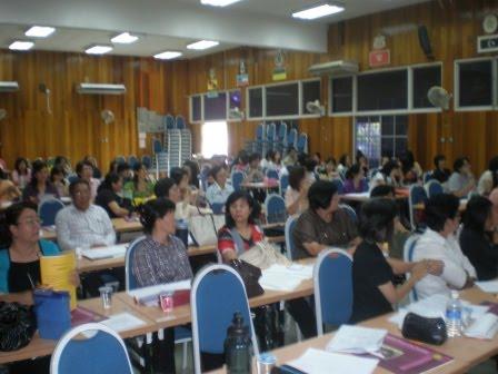 2010年华文教师在职训练课程