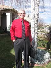 Mayor Bob Botts (Peg's Dad)