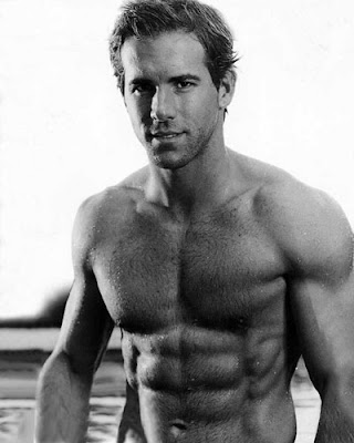 ryan reynolds shirtless. tattoo wallpaper ryan reynolds