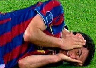 Pepe no deberia seguir jugando en la Liga Española.... Teatro+Busquets