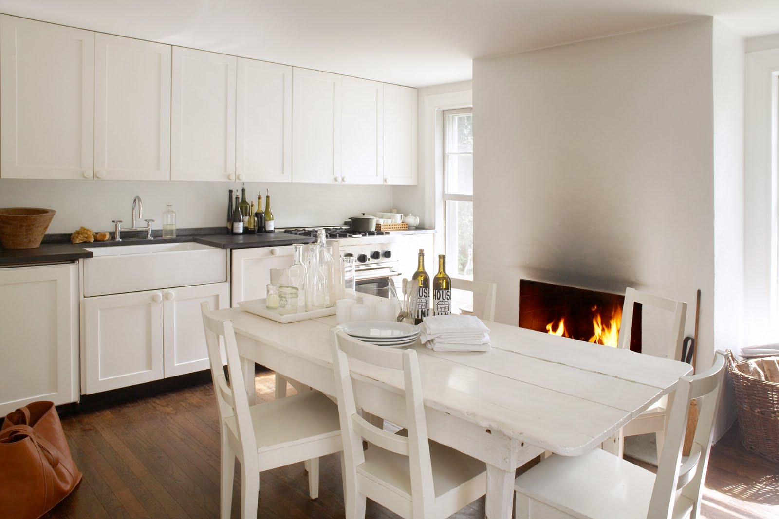 In the Country: painting the kitchen white