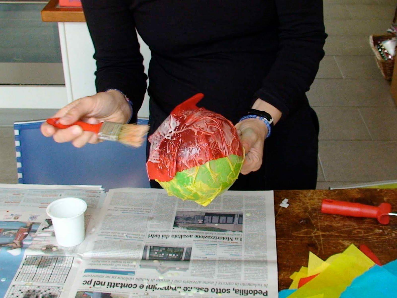 Lampadario Di Carta Velina : Mamma in verde: come fare delle lampade di carta velina
