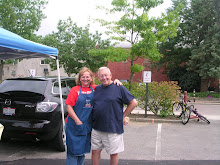 Sue and Les Foor enjoy the Westerville Farmers' Market