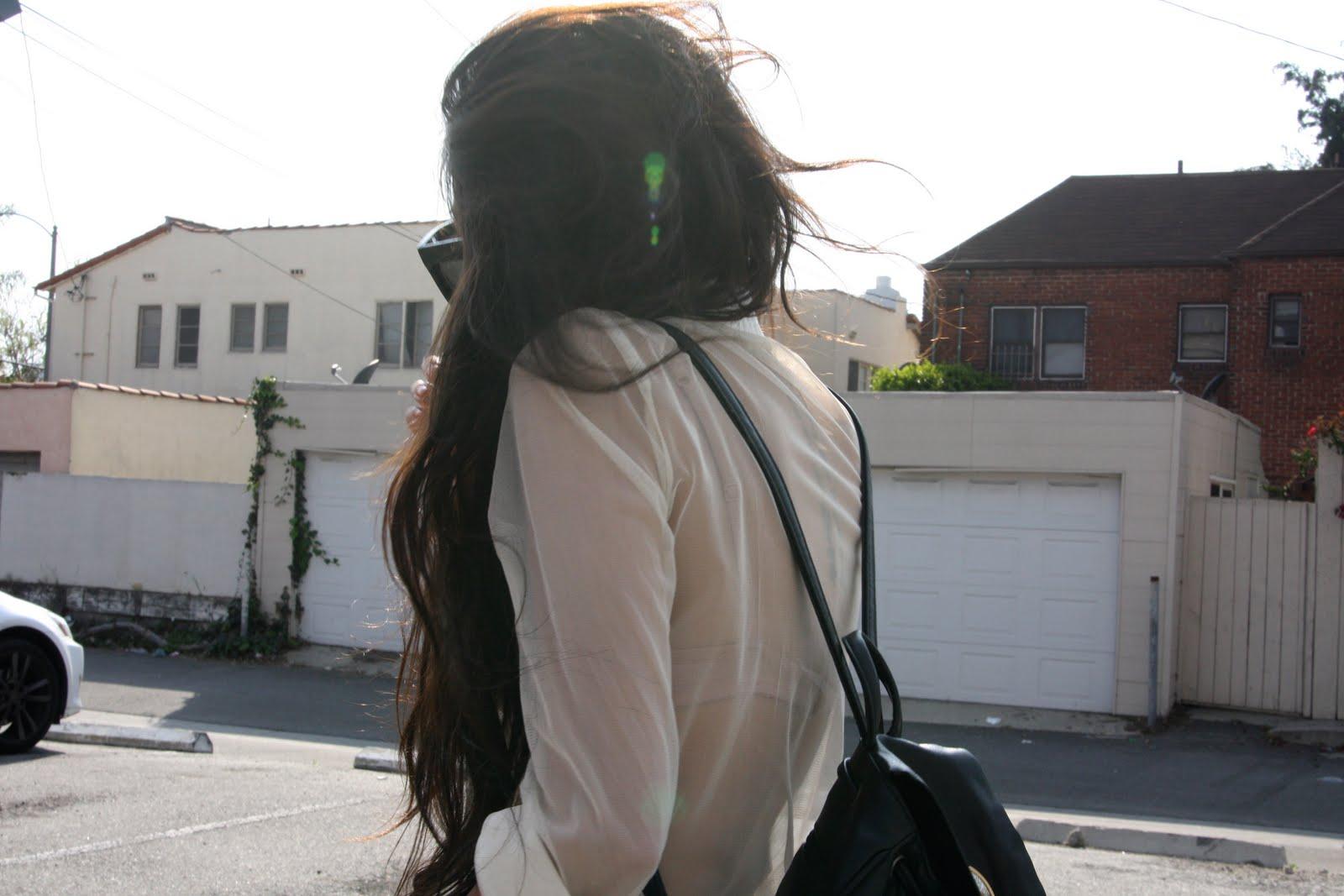 Фото красивых девушек брюнеток с длинными волосами 18 16 фотография