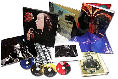 bitches brew special edition - Miles Davis - Bitches Brew / 40th Anniversary Collector's Edition Box Set